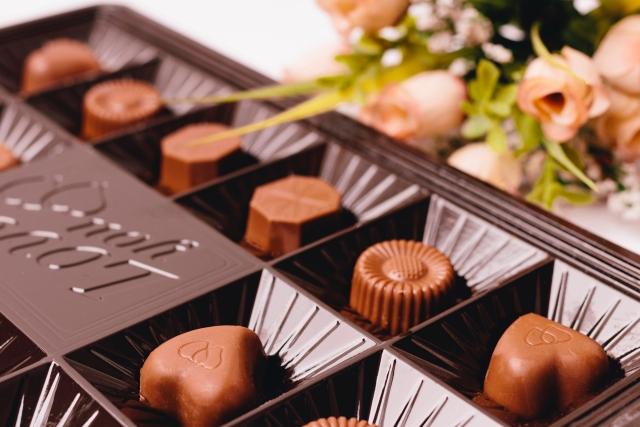ハッピーバレンタイン | バレンタインデーにあげたいおすすめチョコレート | 高級交際クラブTen Carat「10カラットブログ」