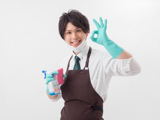 掃除をする男性のイメージ | 充実した時間を過ごせる定番のおうちデート | 高級交際クラブTen Carat「10カラットブログ」