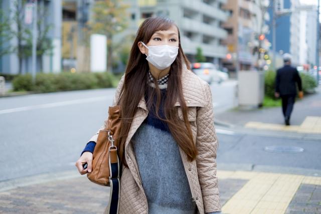 マスクをして出かける女性 | 10カラットの新しい面接様式 | 高級交際クラブTen Carat「10カラットブログ」