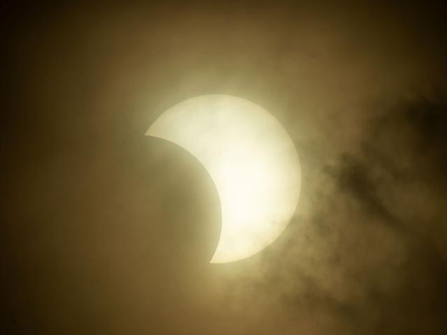 部分日食2020年6月21日 | コロナウイルスに左右されない天体ショー♪ | 高級交際クラブTen Carat「10カラットブログ」