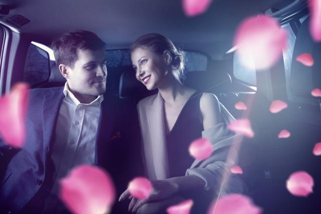 ドライブデートをするカップル | 交際クラブに入会している男性はどんな目的で登録しているの? | 高級交際クラブTen Carat「10カラットブログ」
