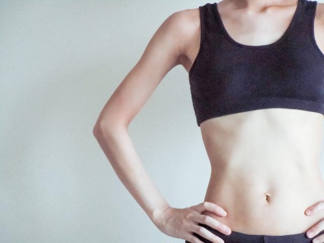 女性のウエスト | 気になる?デート相手の体型 | 高級交際クラブTen Carat「10カラットコラム」