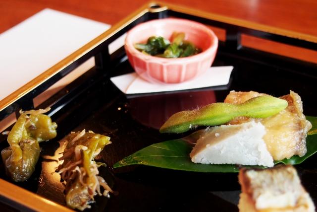 目にも楽しい懐石料理 | 女性が喜ぶシティホテルデートプラン | 高級交際クラブTen Carat「10カラットブログ」